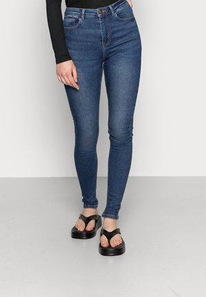 PCHIGHFIVE FLEX - Jeans Skinny Fit - medium blue denim