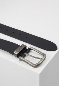 Tommy Jeans - TJM METAL LOOP BELT 4.0 - Belt - black - 2