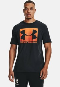 Under Armour - BOXED STYLE - Print T-shirt - black - 0