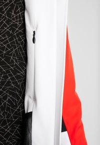 Kjus - WOMEN LAINA JACKET - Skijacke - white/fiery red - 5