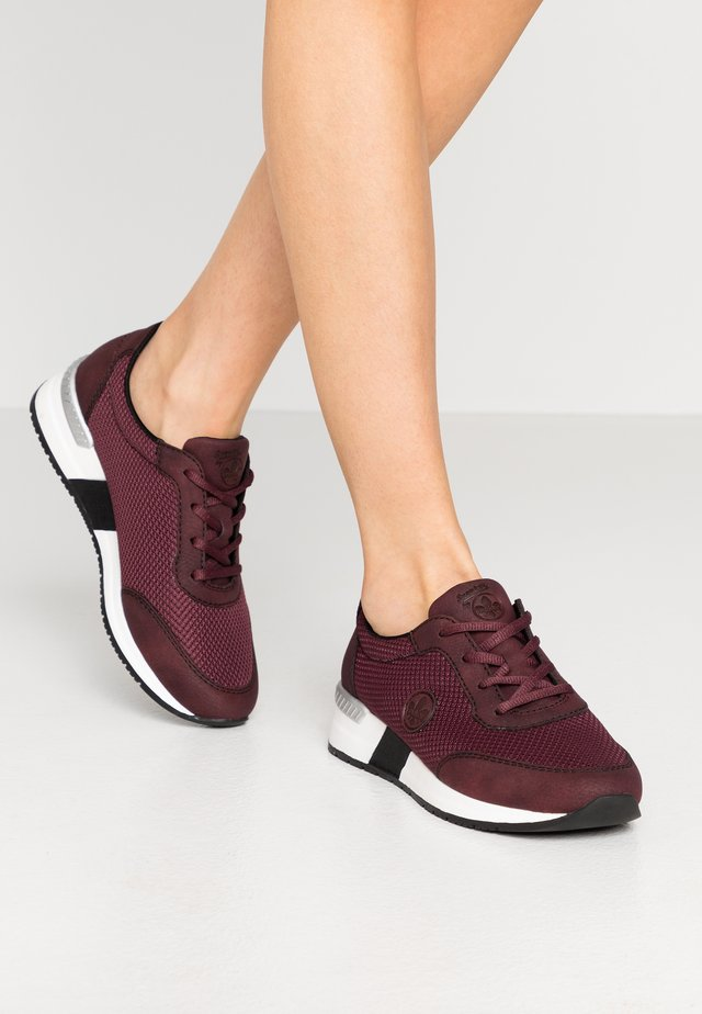 Sneakers laag - bordeaux/beetroot