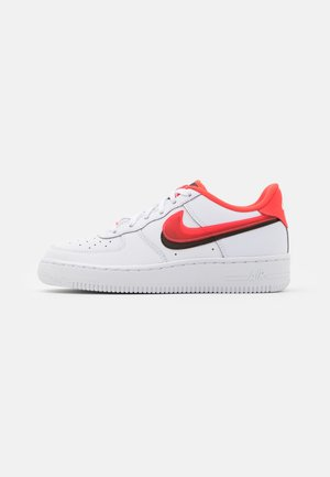 AIR FORCE 1 LV8  - Baskets basses - white/bright crimson/black