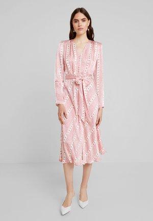 MARLEY DRESS - Vestito lungo - light pink