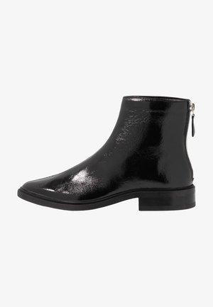 PRIME GLAZE BOOT - Botki - black
