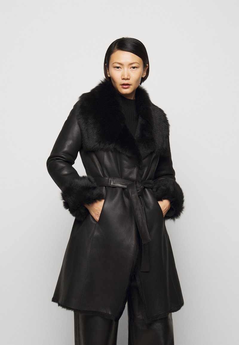 STUDIO ID - FLO SHEARLING COAT - Wollmantel/klassischer Mantel - black