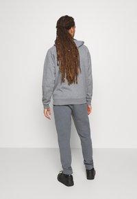 Champion - ELASTIC CUFF PANTS - Tracksuit bottoms - grey - 2