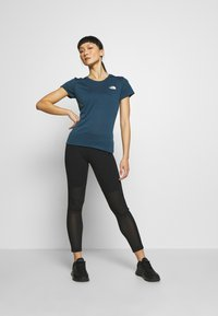 The North Face - WOMENS REAXION CREW - Basic T-shirt - blue wing teal heather - 1
