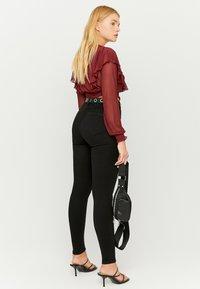 TALLY WEiJL - Jeans Skinny Fit - blk - 1