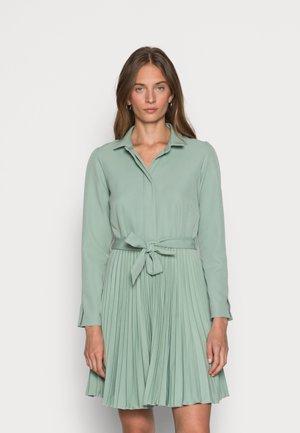 CLOSET PLEATED DRESS - Blousejurk - mint