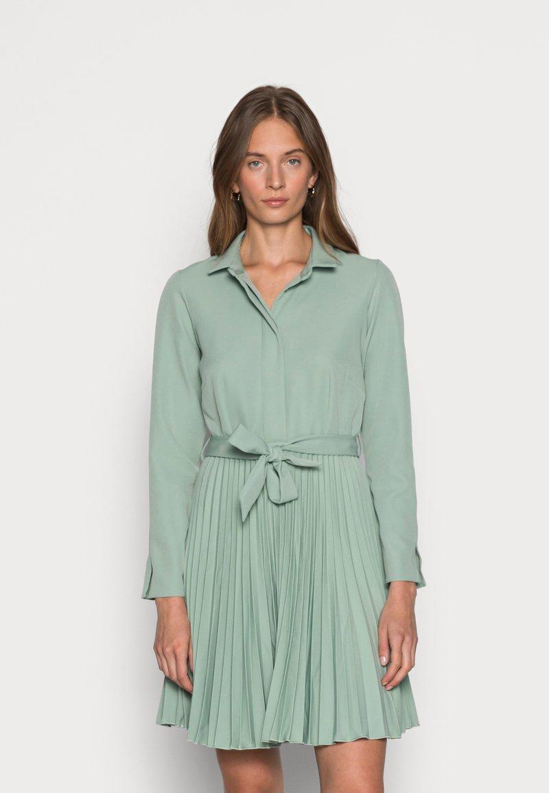 Closet - CLOSET PLEATED DRESS - Shirt dress - mint