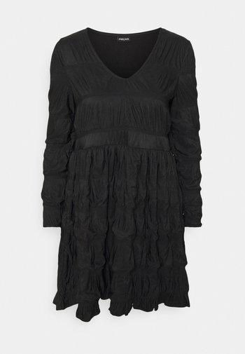 PCBORA DRESS  - Vestido ligero - black
