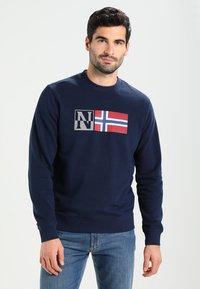 Napapijri - BENOS CREW - Sweatshirt - blu marine - 0