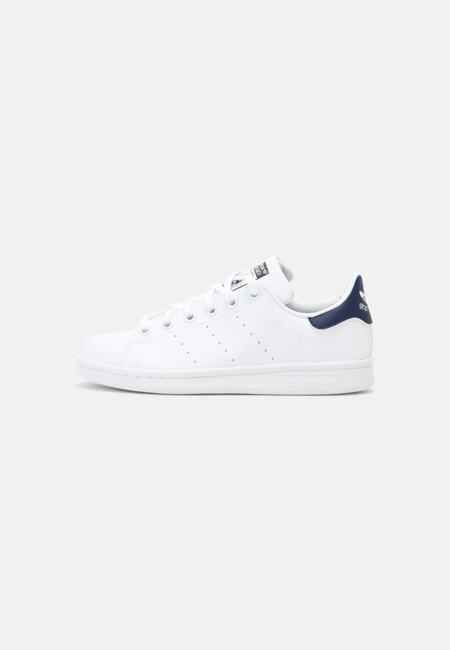 STAN SMITH UNISEX - Baskets basses - white/dark blue