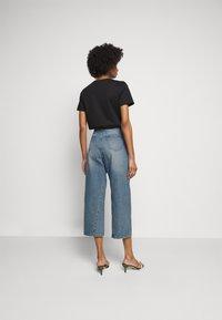 MICHAEL Michael Kors - PEGGD LEG - Straight leg jeans - blue denim - 2