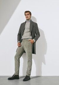 Massimo Dutti - SLIM-FIT LIMITED EDITION  - Chino - light grey - 1