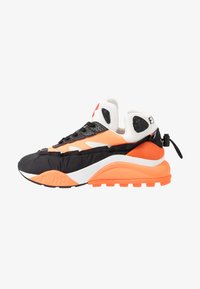 F_WD - Sneaker low - black/white/fluo orange - 1