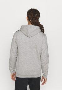 adidas Performance - 3 STRIPES FLEECE FULL ZIP ESSENTIALS SPORTS TRACK JACKET HOODIE - Zip-up sweatshirt - medium grey heather - 2