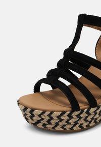 UGG - CRESSIDA - Wedge sandals - black - 5