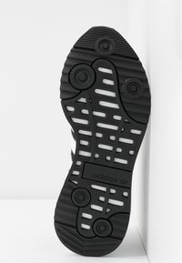 adidas Originals - SL ANDRIDGE - Sneakers - core black/footwear white - 6