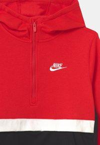 Nike Sportswear - CLUB - Jersey con capucha - university red/black/white - 2