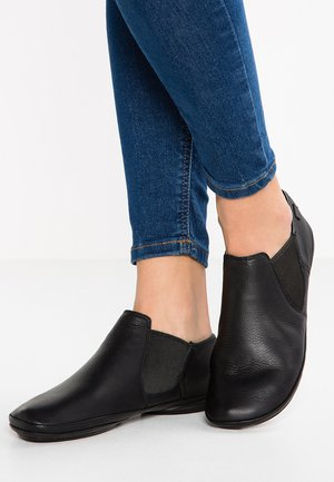 RIGHT NINA - Mocasines - black
