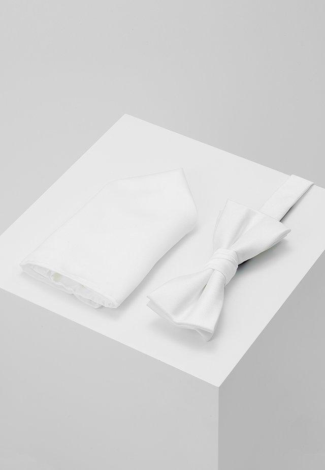 Lommetørkle - white