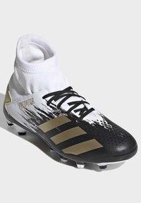 adidas Performance - PREDATOR 20.3 FOOTBALL BOOTS MULTI GROUND - Moulded stud football boots - ftwwht/goldmt/cblack - 5