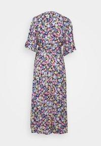 Gina Tricot Petite - DOLLY LONG DRESS - Vestido informal - spring - 1