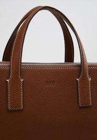 BOSS - CROSSTOWN  ZIPS - Briefcase - light pastel brown - 7