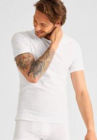 Calvin Klein Underwear - 2 PACK - Undershirt - white - 1