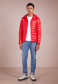 EA7 Emporio Armani - JACKET - Dunjakker - racing red - 1