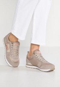 Skechers Sport - EXCLUSIVE - Sneakers laag - natural - 0