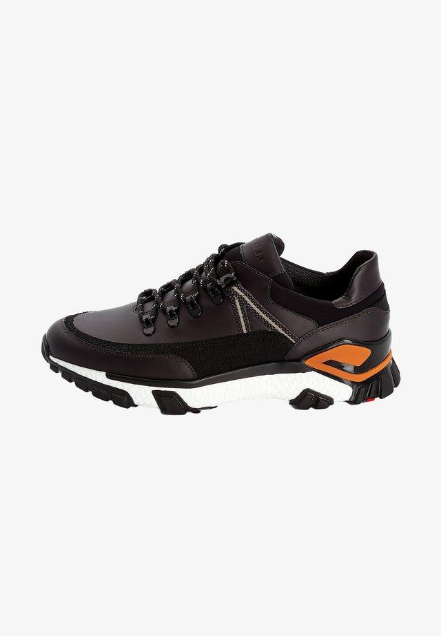 Sneakers basse - braun