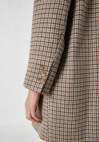 PULL&BEAR - Short coat - dark grey - 5