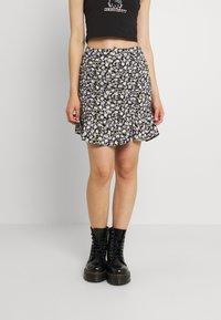 Hollister Co. - CINCH SKIRT - Mini skirt - black - 0