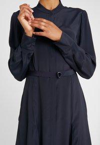 Strenesse - DRESS DEAUVILLE - Shirt dress - navy - 5