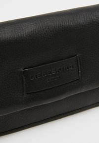 Liebeskind Berlin - SLAM - Wallet - black - 2