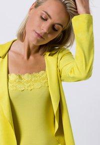 zero - Cardigan - yellow lime - 3