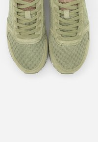 Woden - YDUN - Trainers - dusty olive - 7