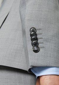 Strellson - Suit - light grey - 6