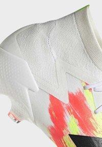 adidas Performance - Kopačky lisovky - ftwr white/core black/pop - 8