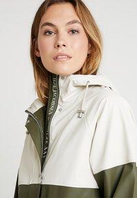 Ilse Jacobsen - RAINCOAT - Parka - army - 3