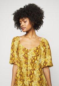 Faithfull the brand - MARTINE MINI DRESS - Denní šaty - dark yellow - 3