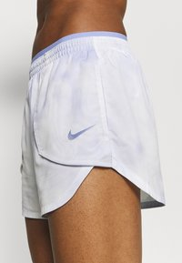 Nike Performance - LUXE SHORT - Träningsshorts - light thistle/clear - 5