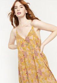 LolaLiza - FLOWER PRINT - Maxi dress - yellow - 3