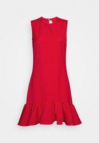 Victoria Victoria Beckham - PINTUCK FLOUNCE HEM SHIFT DRESS - Denní šaty - postbox red - 5