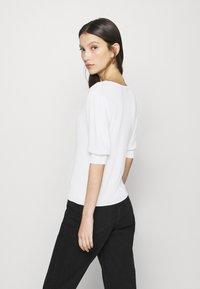 JDY - JDYBRIDGET - T-shirt basic - cloud dancer - 2