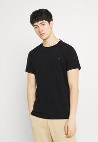 Replay - CREW TEE 3 PACK - Basic T-shirt - black/ white/hazelnut - 4