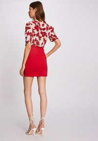 Morgan - WITH BUCKLES - Pencil skirt - red - 2
