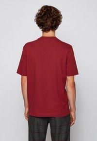 BOSS - TCHUP - Basic T-shirt - dark red - 2